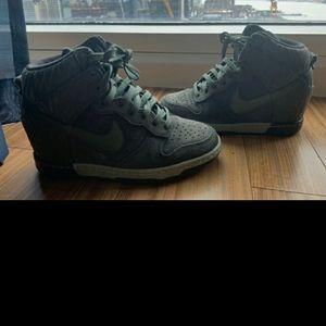 2 Nike Sky hi
